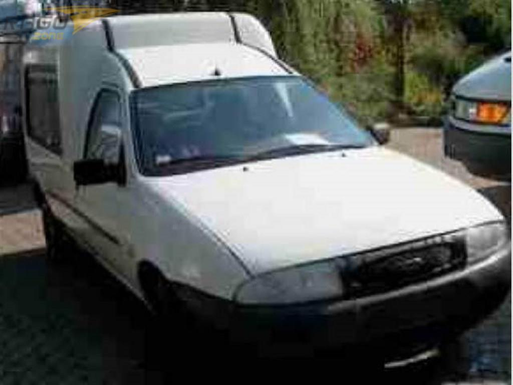 Ford Courier 1.3i Pick-up, rok 1996