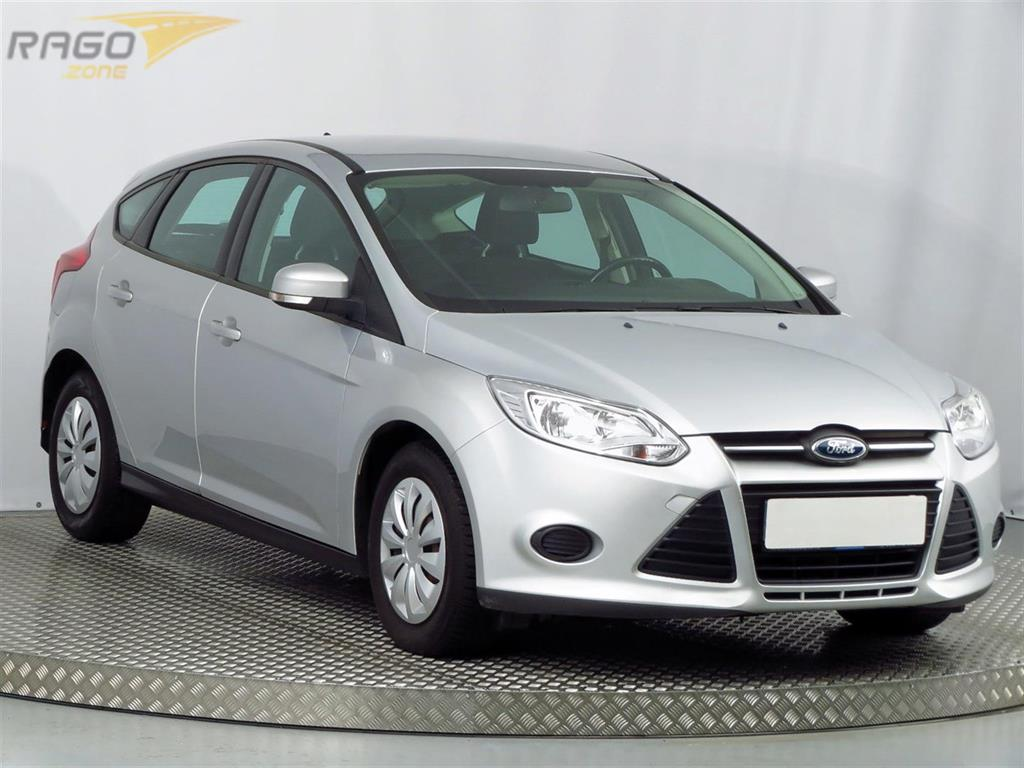 Ford Focus 1.0 EcoBoost Hatchback, rok 2013