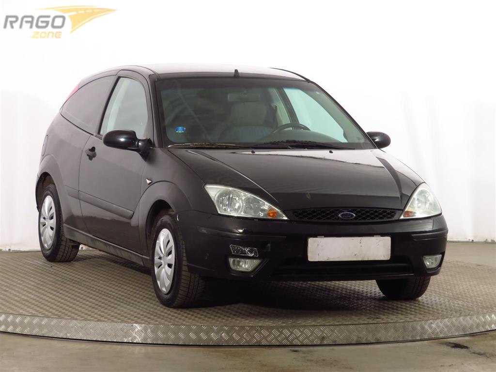 Ford Focus 1.6 16V Hatchback, rok 2002