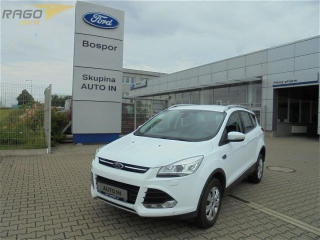 Ford Kuga Titanium 2,0 TDCi 4x4 132 kW a Terenní vozidlo / SUV, rok 2015