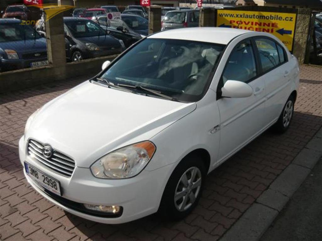 Hyundai Accent 1,4i KLIMA Sedan, rok 2008