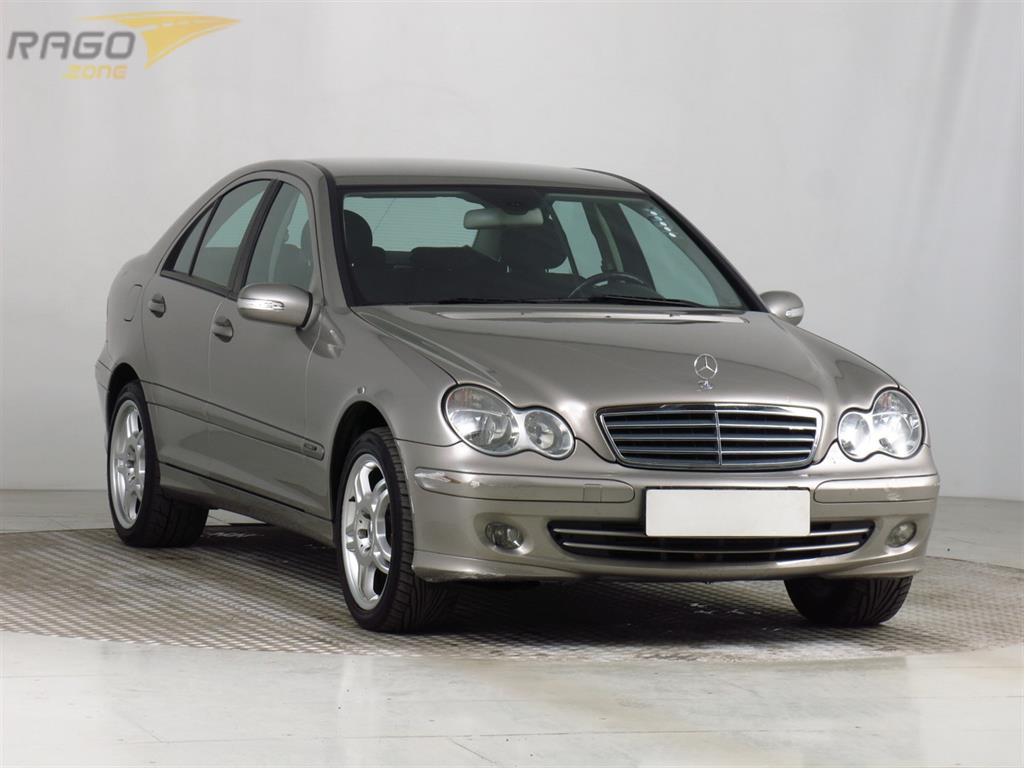 Mercedes-Benz C C 200 Kompressor Sedan, rok 2004