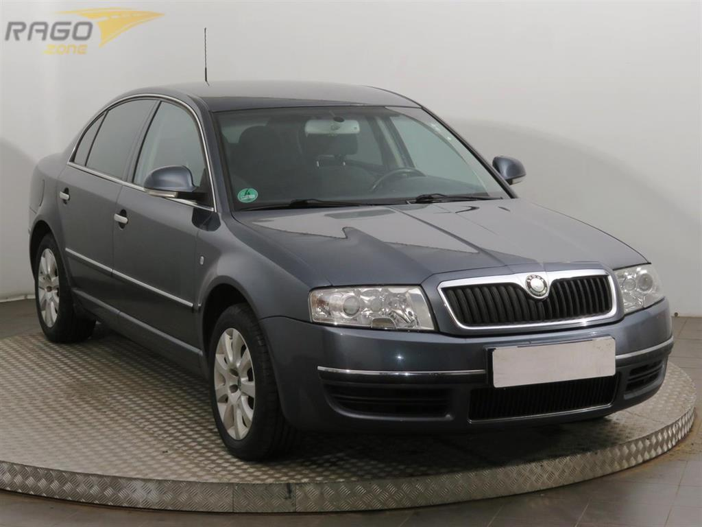 Škoda Superb 2.0 TDI Sedan, rok 2008