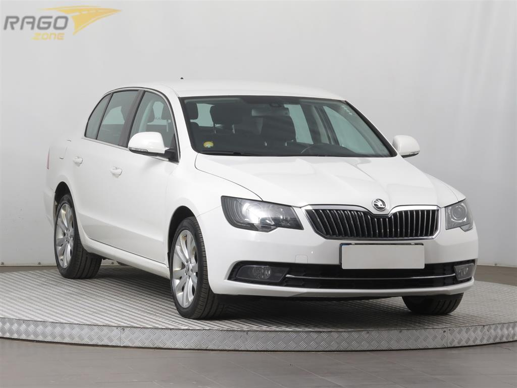 Škoda Superb 2.0 TDI Sedan, rok 2014