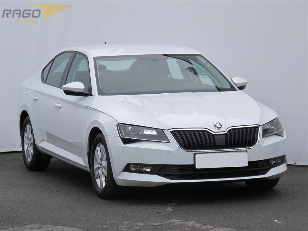 Škoda Superb 2.0 TDI Sedan, rok 2016