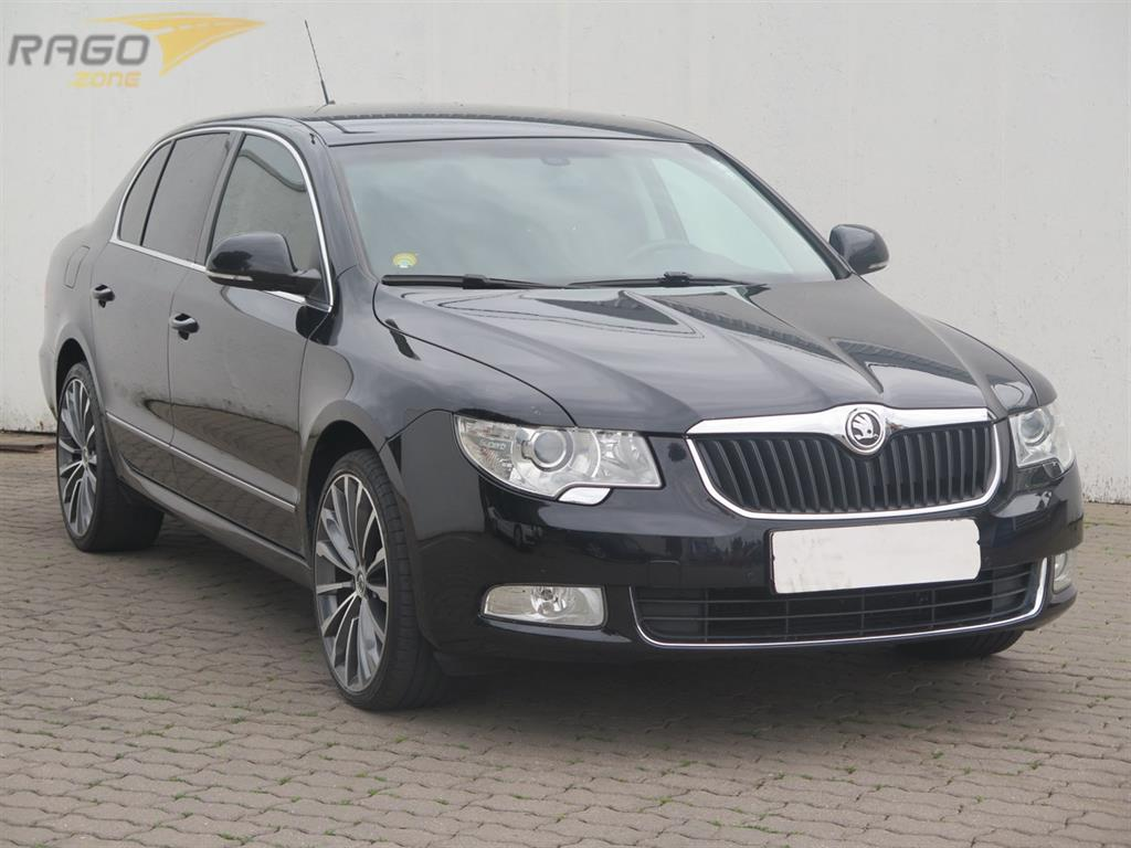 Škoda Superb 3.6 V6 Sedan, rok 2008
