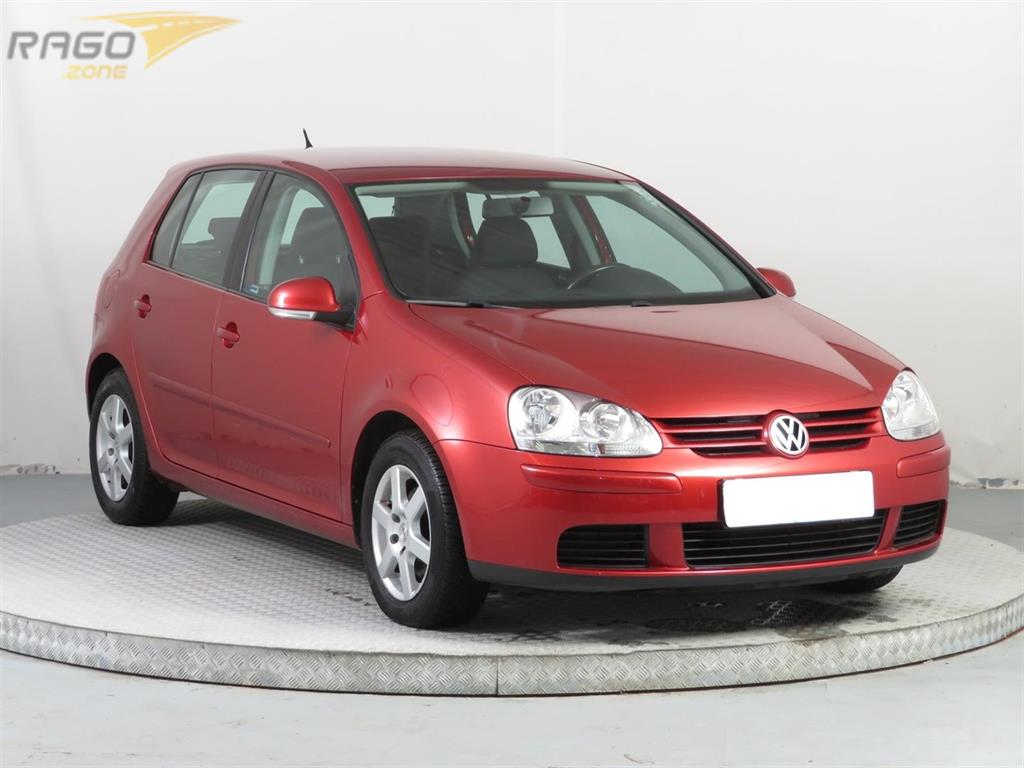 Volkswagen Golf 1.6 Hatchback, rok 2007