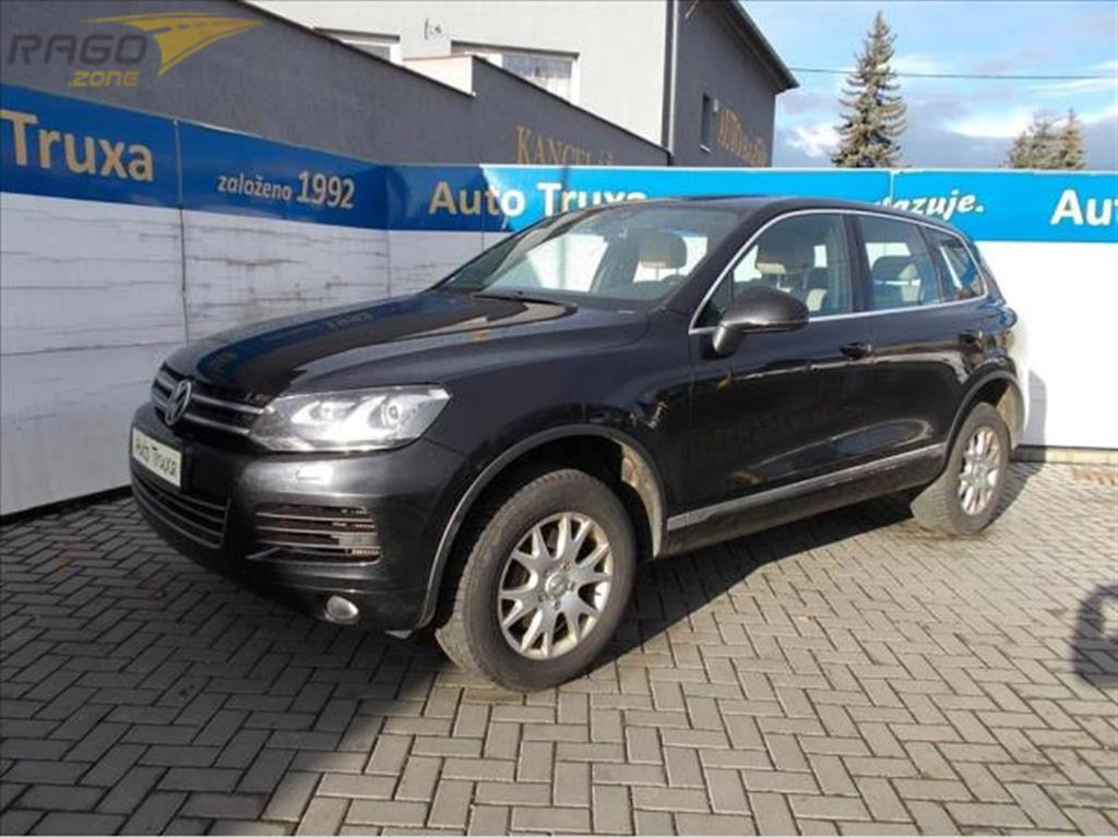 Volkswagen Touareg 3.0 V6 TDi 4x4 180kW EXCLUSIVE Terenní vozidlo / SUV, rok 2011